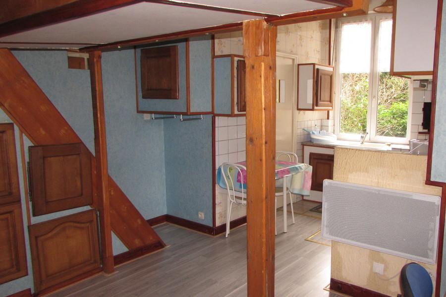 rangement sous mezzanine trendy rangement sous lit mi hauteur with rangement sous mezzanine. Black Bedroom Furniture Sets. Home Design Ideas